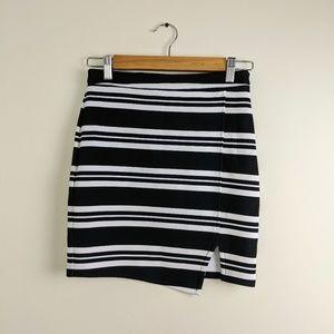 Abercrombie & Fitch Striped Mini Skirt XS